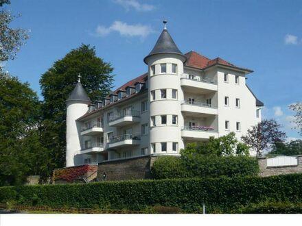 -Ihr Logenplatz über Düsseldorf- Stilvolle 3-Zi. Dachgeschoss ETW mit herrlichem Ausblick