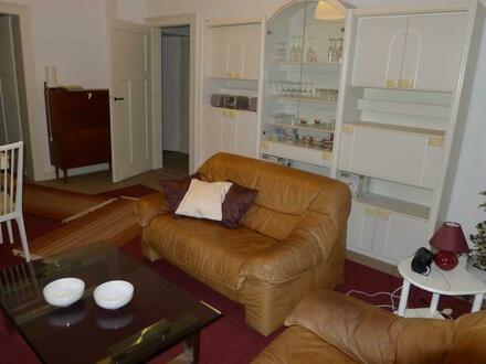 Frankfurt / Main Dornbusch möblierte 4 Zimmer Wohnung wartet auf neue Bewohner