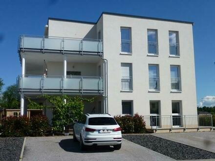 Usingen - Tolle neue Eigentumswohnung mit Aufzug und großem Balkon