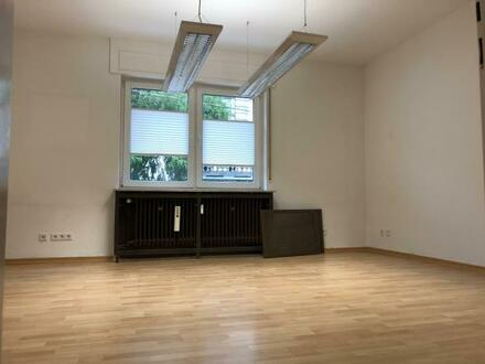 Büro / Praxis zentral in Offenbach zu vermieten