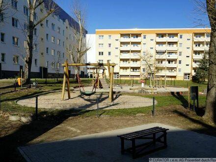 3-Raum Wohnung mit Balkon in familienfreundlicher Siedlung