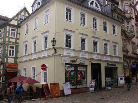 Toplage in der Marburger Oberstadt - zentraler Laden in der Marktgasse