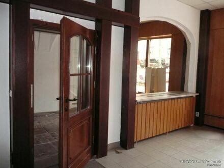 Historische Büroräume am Altmarkt in Kirchberg preisgünstig zu vermieten!