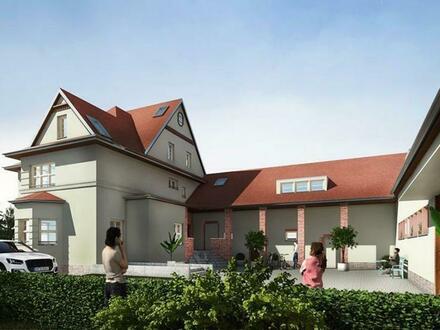 !! Nur noch 1 WE !! - Maisonette-Wohnung in Denkmalgeschützter Fabrikantenvilla mit Gutshaus