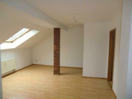 2 Raumwohnung - Dachgeschoss mit einem guten Mietpreis!!