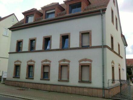 Höchste Ansprüche auf ganzer Linie - Grundhaft saniertes und gepflegtes Wohnhaus mit 5 WE