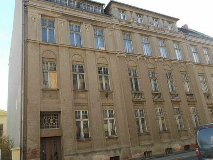Sanierungsbedürftiges Geschäftshaus in der Görlitzer Innenstadt