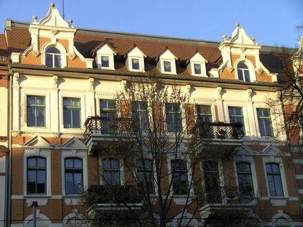 2 Balkone! Tageslichtbad in der Südstadt