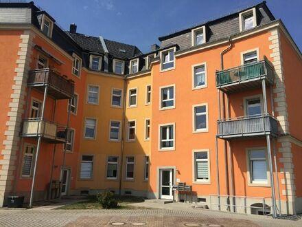 1 Zimmer Appartement mit Einbaukücke am Dresdner Stadtrand