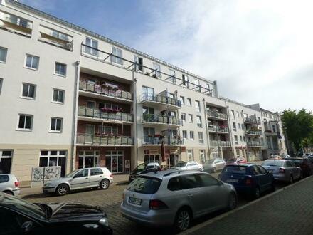 Helle großzügige 1-Zimmer-Wohnung in Magdeburg mit schicken Design-Belag, Balkon und TG-Platz!