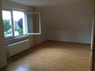 schöne 1-Raum-Dachgeschoss-Wohnung in verkehrsgünstiger Lage