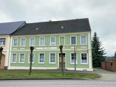 Wohn- und Geschäftshaus in Schönhausen