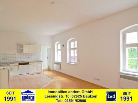 Moderne 1-Raum-Single-Wohnung mit Einbauküche - PKW-SP - Wanne und Dusche in Bautzen