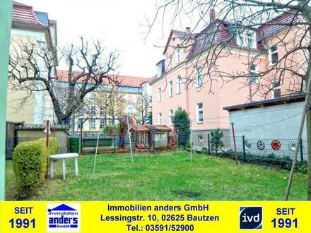 Moderne 2-Raum-Mansarden-Wohnung mit EBK und gemeinschaftlichen Wiesengrundstück in ruhiger Wohnlage in Bautzen