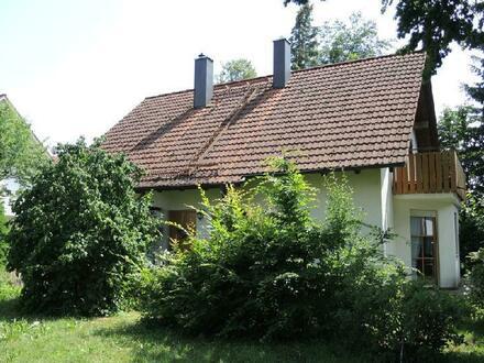 !!! RESERVIERT !!! Gemütliches, freistehendes Einfamilienhaus in München-Lochhausen