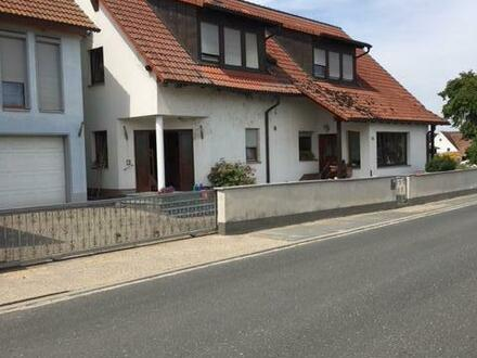 2 Häuser mit 3 Wohnungen und Büros in Herzogenaurach-Höfen