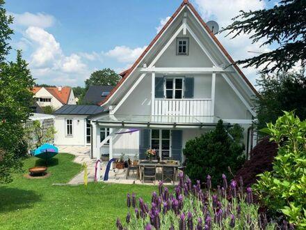 Freistehendes Einfamilienhaus mit viel Charme und traumhaftem Garten in Bestlage von Dachau!
