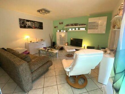 Voll möblierte Ein-Zimmer-Wohnung mit eigenem Gartenanteil in guter Lage von Obermenzing