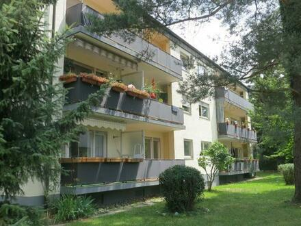 Anleger aufgepasst! - Solides 9-Familienhaus in ruhiger, zentraler Wohnlage von Konstanz-Dettingen