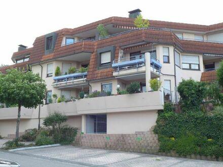 Große Wohnung in ansprechendem Wohnhaus in beliebter Wohnlage