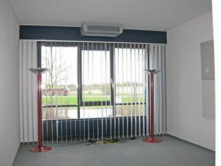 Großraum + Chefbüro