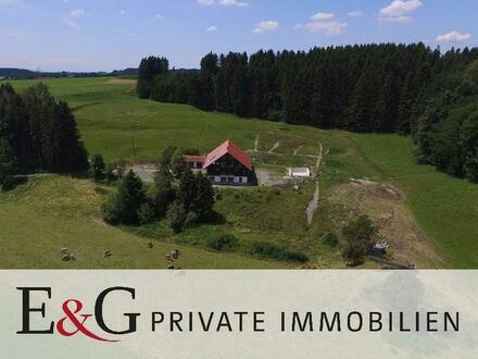 ***Traumhaftes Anwesen mit 4 Wohnungen und 6 Pferdeboxen in Leutkich-Urlau/Allgäu***