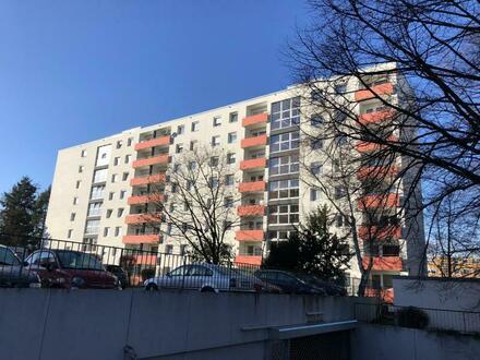 SPRENKER & RÖDER IMMOBILIEN   AUKTIONSGUT: 2- Zimmer Eigentumswohnung mit TG-Stellplatz