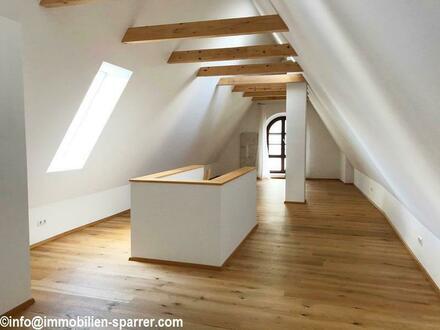 Traumhaft schöne 3-Zimmer-Maisonette-Wohnung in Weidens Fußgängerzone