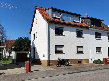 Teilvermietetes 3-Familienhaus in Mannheim-Friedrichsfeld mit sonnigem Garten