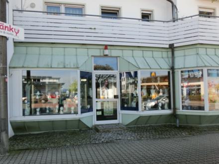 Großzügige Laden-/Gewerbeeinheit im Bestlage von 90542 Eckental