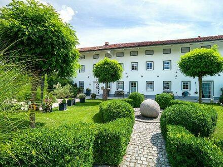 Großzügiges und modernes Anwesen in reizvoller Umgebung