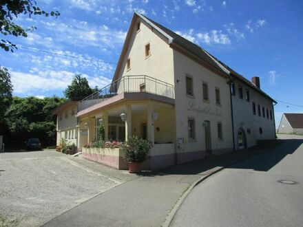 Landgasthaus mit Wohnbereich im schönen Kaiserstuhl