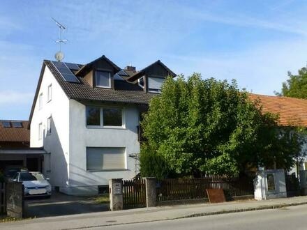 3-Zimmer-Wohnung mit Balkon - mit Hausmeisteraufgaben !