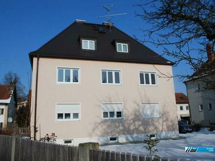 RG Immobilien - Wohnen mit Stil, zentral gelegene 3 Zimmer Wohnung ohne Balkon