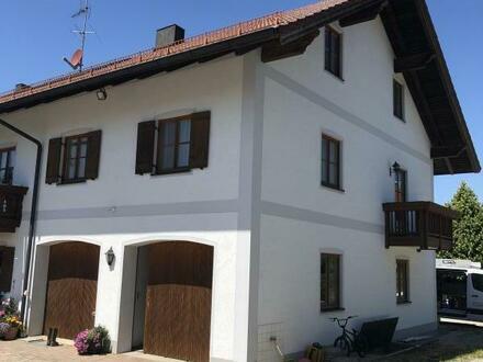 RG Immobilien - Großzügige 2 Zimmer Wohnung mit Balkon