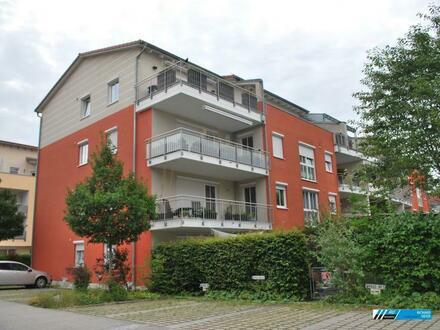 RG Immobilien - Zentrumsnah Wohnen, 2 Zimmer Wohnung mit Loggia in 85435 Erding