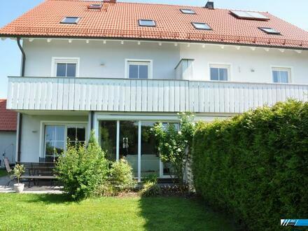 RG Immobilien - Wohnen mit viel Platz, große, exklusiv DHH mit Wintergarten