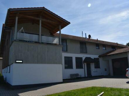RG Immobilien - Große, moderne 3 Zimmer Wohnung mit Terrasse