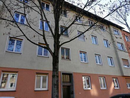 Mehrfamilienhaus mit Rückgebäude N-Altstadt