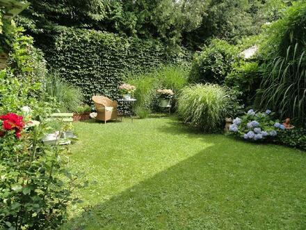 Waldstetten, Charmantes Einfamilienhaus mit bezauberndem Garten