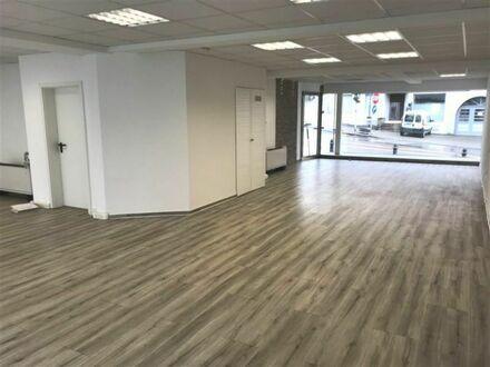 *Moderne Büro-/Praxisfläche in zentraler Lage von Backnang!*