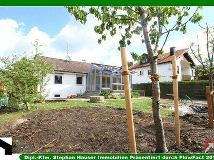 Erstbezug nach Sanierung: Freistehender Einfamilienhaus-Bungalow mit 7 Räumen + 2 Bädern + riesigem Südwest-Garten
