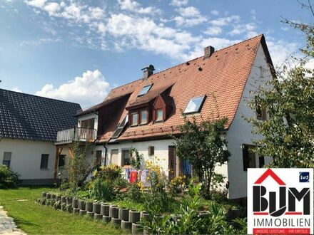 *Neu modernisiert - 3 Zimmer + ausgeb. DG - Maisonette - Balkon - Gartennutzung*
