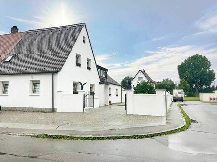 Exklusiv und modern Wohnen in einem EFH mit 2 Garagen und ca. 675m² Grundstück. PROVISIONSFREI!
