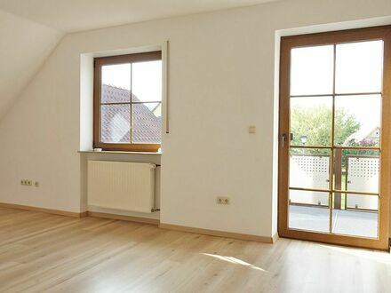 Helle 4,5-Zi-Wohnung in idyllischer Lage