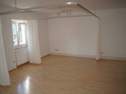 Gut geschnittene Büro- oder Praxisfläche in Top Lage in München-Moosach