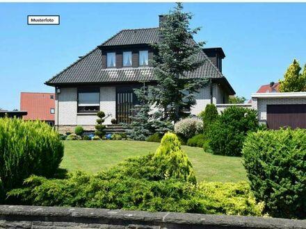 Zweifamilienhaus in 55619 Hennweiler, Jahnstr.