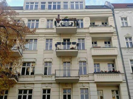 Bezugsfreie, traumhafte 4-Zimmer-Eigentumswohnung mit 3 Balkone in Berlin-Friedrichshain
