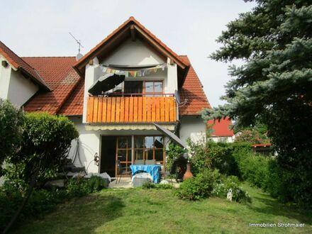 Renoviertes Reiheneckhaus mit Garten und Garage