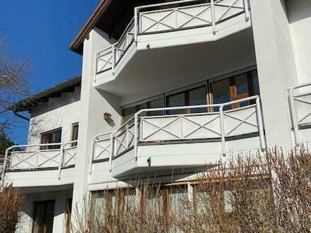 Attraktive, grosszügige 4-Zimmer DG-Wohnung, ca. 120 m², Südbalkon - Baierbrunn